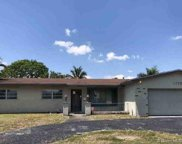 1720 Nw 87th Ave, Pembroke Pines image