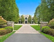 9 Holly Branch Road, Katonah image