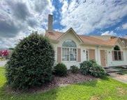 106 Crestwood Court, York County South image