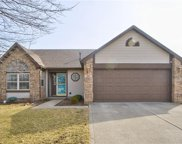 687 Red Oak  Way, Mooresville image