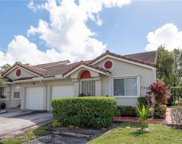 7566 N Pinewalk Dr, Margate image