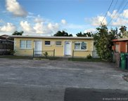 7045 Sw 22nd St, Miami image