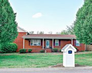 202 Applewood Dr, White House image