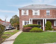 174-01 73rd Ave, Fresh Meadows image