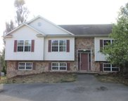 521 Anderson Rd, Manor Twp image