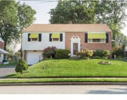 720 Springdell Road, King Of Prussia image