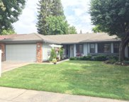 2262 Americana Drive, Roseville image