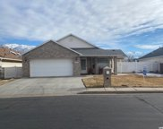 4022 Meadow Wood Dr, Riverdale image