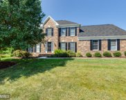 6208 SECRET HOLLOW LANE, Centreville image