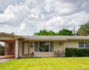 8221 Nw 12th St, Pembroke Pines image