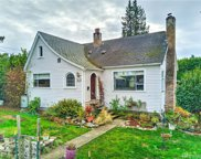 1815 SW Cloverdale St, Seattle image
