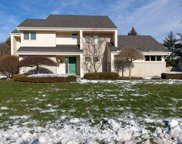 8220 WOODSPUR DR, Commerce Twp image