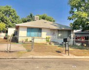 819 Washington, Madera image