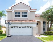 296 Bedford Ave, Weston image