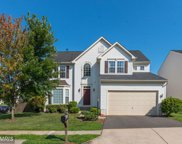 8090 TOWERING OAK WAY, Manassas image