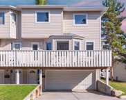 391 Killarney Glen Court Southwest, Calgary image