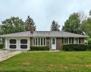 411 West Weathersfield Way, Schaumburg image
