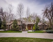 5164 S Cottonwood Ln E, Holladay image