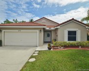 275 Nw 165th Ave, Pembroke Pines image