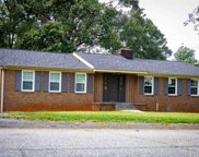 423 Farnsworth Road, Spartanburg image