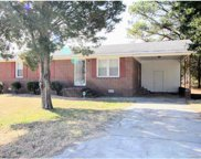 532  Roundtree Circle, Chester image