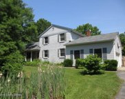 4010 Carriage Hill Dr, Crestwood image