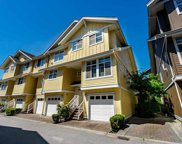 935 Ewen Avenue Unit 40, New Westminster image