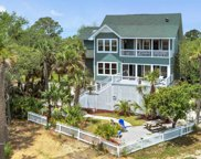 11 Ocean Marsh  Lane, Harbor Island image