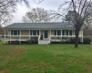236 Robin, Archdale image