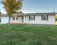 943 Sommerset Drive, Troy image