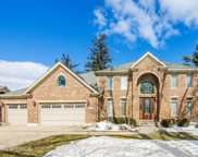 16W734 87Th Street, Willowbrook image