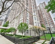 2440 North Lakeview Avenue Unit 2D, Chicago image