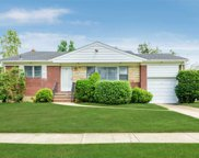 21 Lucille Dr, Syosset image