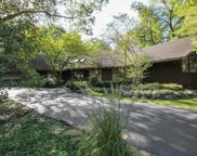 28390 North Oak Lane, Libertyville image