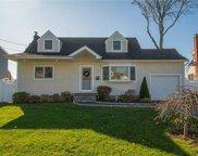 950 Fulton  Avenue, Lindenhurst image