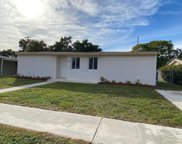 789 Hibiscus Drive, Royal Palm Beach image