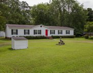 539 Groves Point Drive, Hampstead image