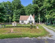 6630 Valley Drive, Gloucester Point/Hayes image