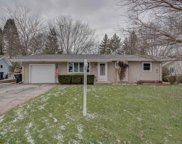 424 W Lincoln Dr, Deforest image