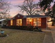 2318 Dunloe Avenue, Dallas image