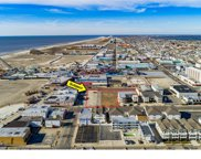 323 E Oak Avenue, Wildwood City image
