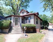 200 Hill Avenue, Glen Ellyn image