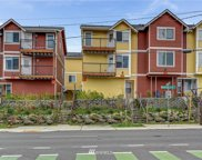 5800 Roosevelt Way NE, Seattle image