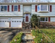 52 Valleywood, Cos Cob image