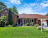 96 Holliday Dr, Whitby image