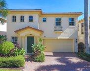 560 Tomahawk Court, Palm Beach Gardens image