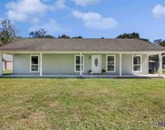 10572 Buxton Rd, St Amant image