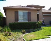527 Lake Park Ct, Oakley image