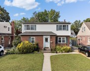 1515 New Hyde Park  Drive, New Hyde Park image