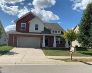13978 Wynngate  Lane, Fishers image